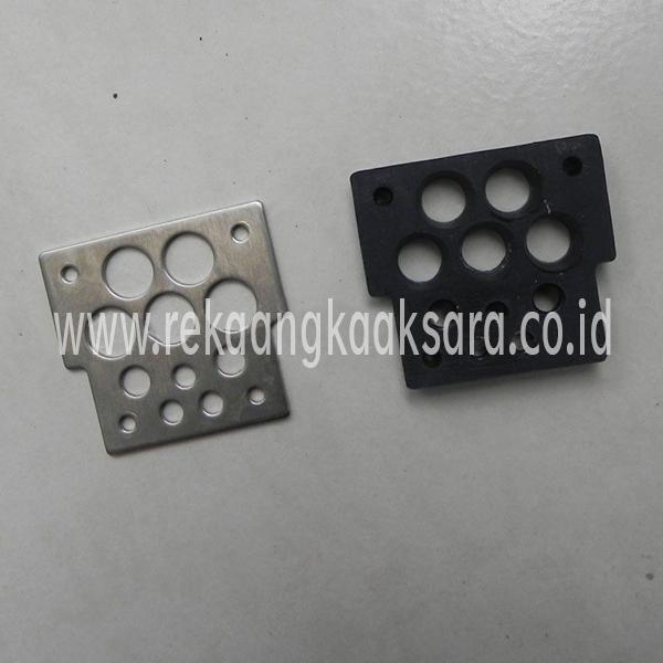 Domino bulkhead seal assembly 67311